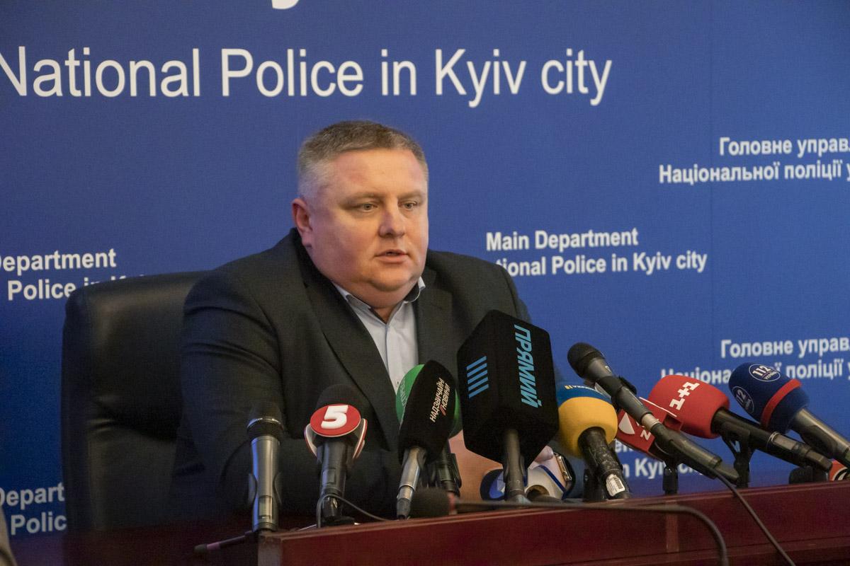 По словам Андрея Крищенко, спецназовцам и полицейским удалось задержать преступников перед попыткой совершить еще одно покушение