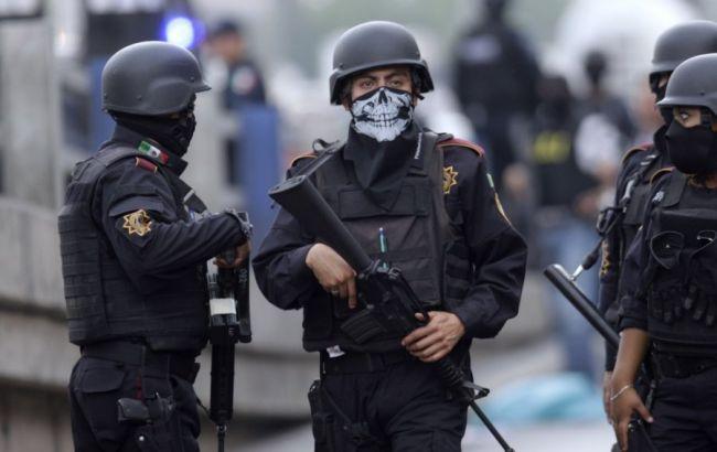 В результате стрельбы погибли или получили ранения 14 мексиканцев