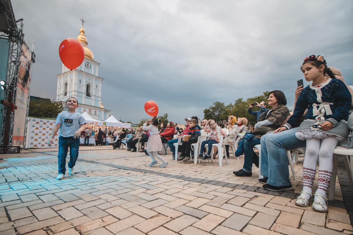 На Михайловской площади прошел фестиваль ТВОЯ ПАСХА FEST