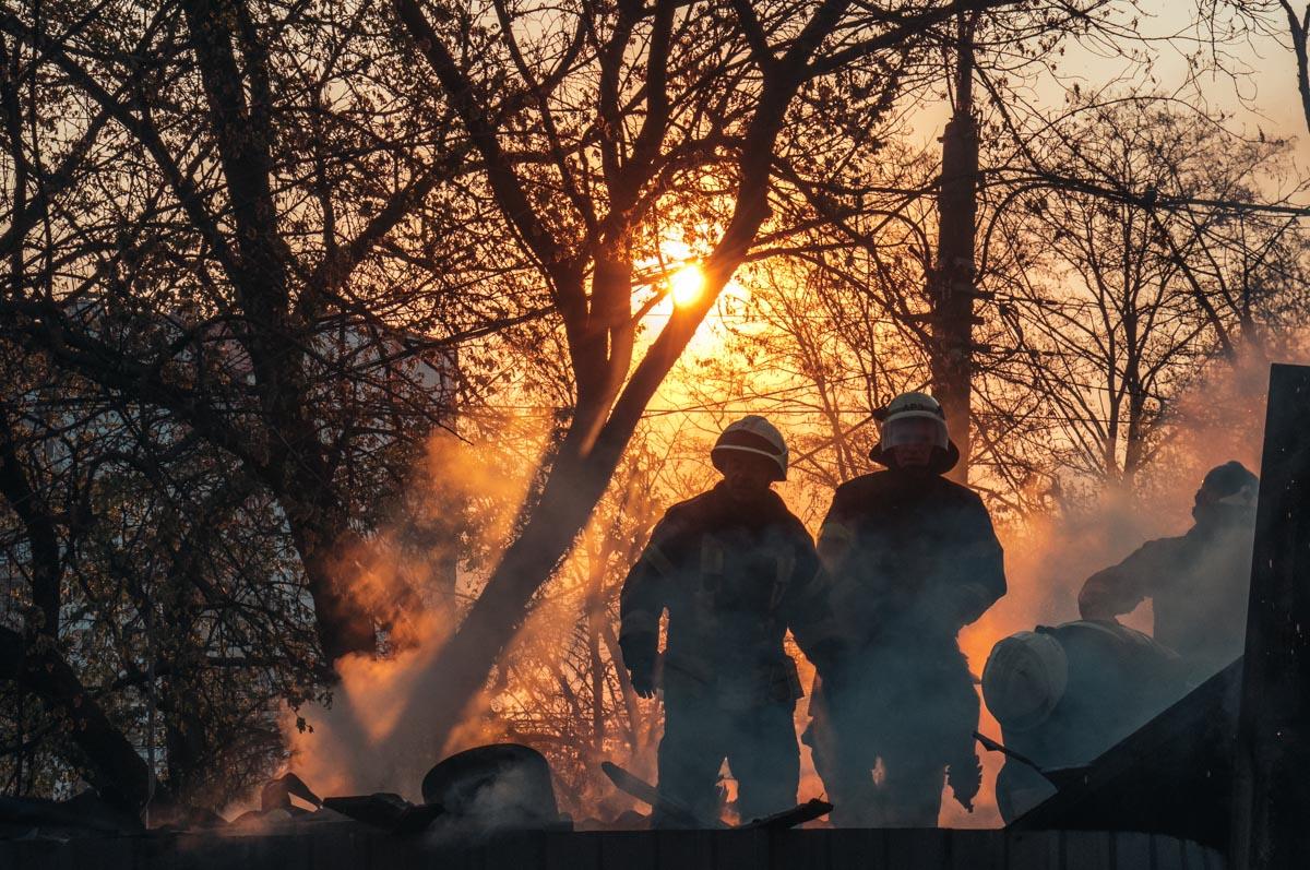 Когда оператор не сделал репортаж рассвета, но нашел шикарный ракурс на пожаре