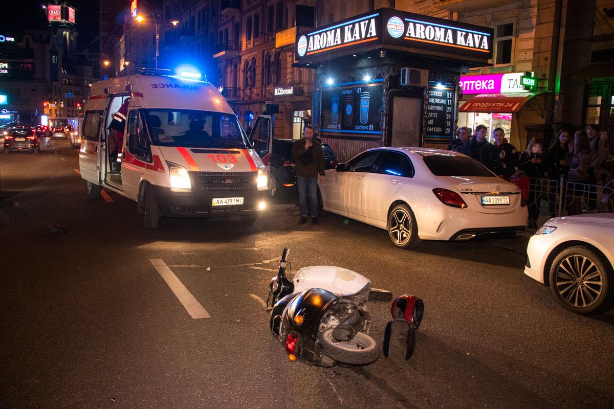 В центре Киева произошло ДТП с участием пешехода