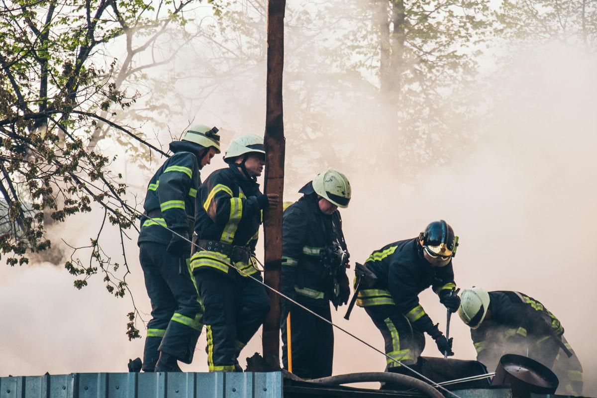 Площадь пожара составила около 50 квадратных метров