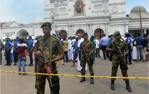 Всего полицейские Щри-Ланки задержали 29 подозреваемых в организации взрывов