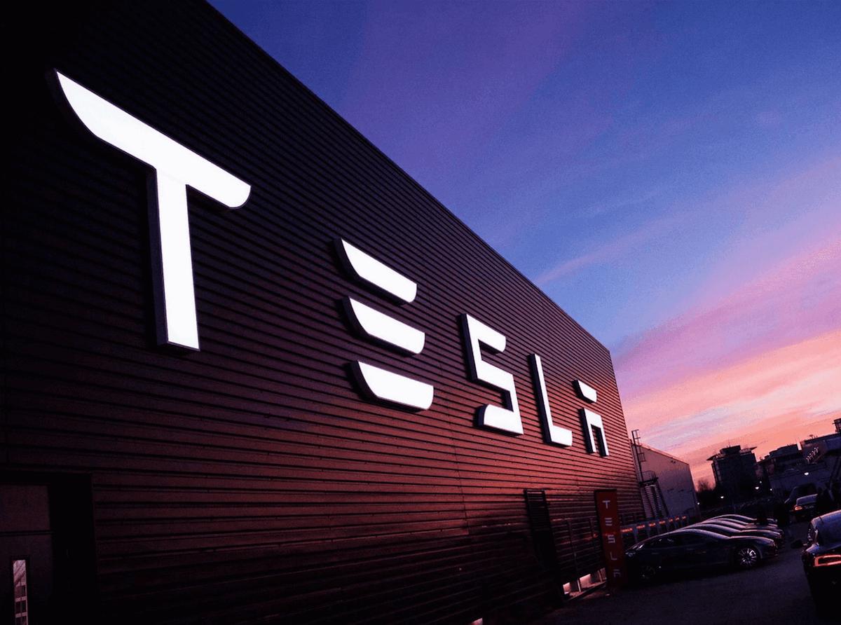 Tesla заключит выгодную сделку с Fiat Chrysler