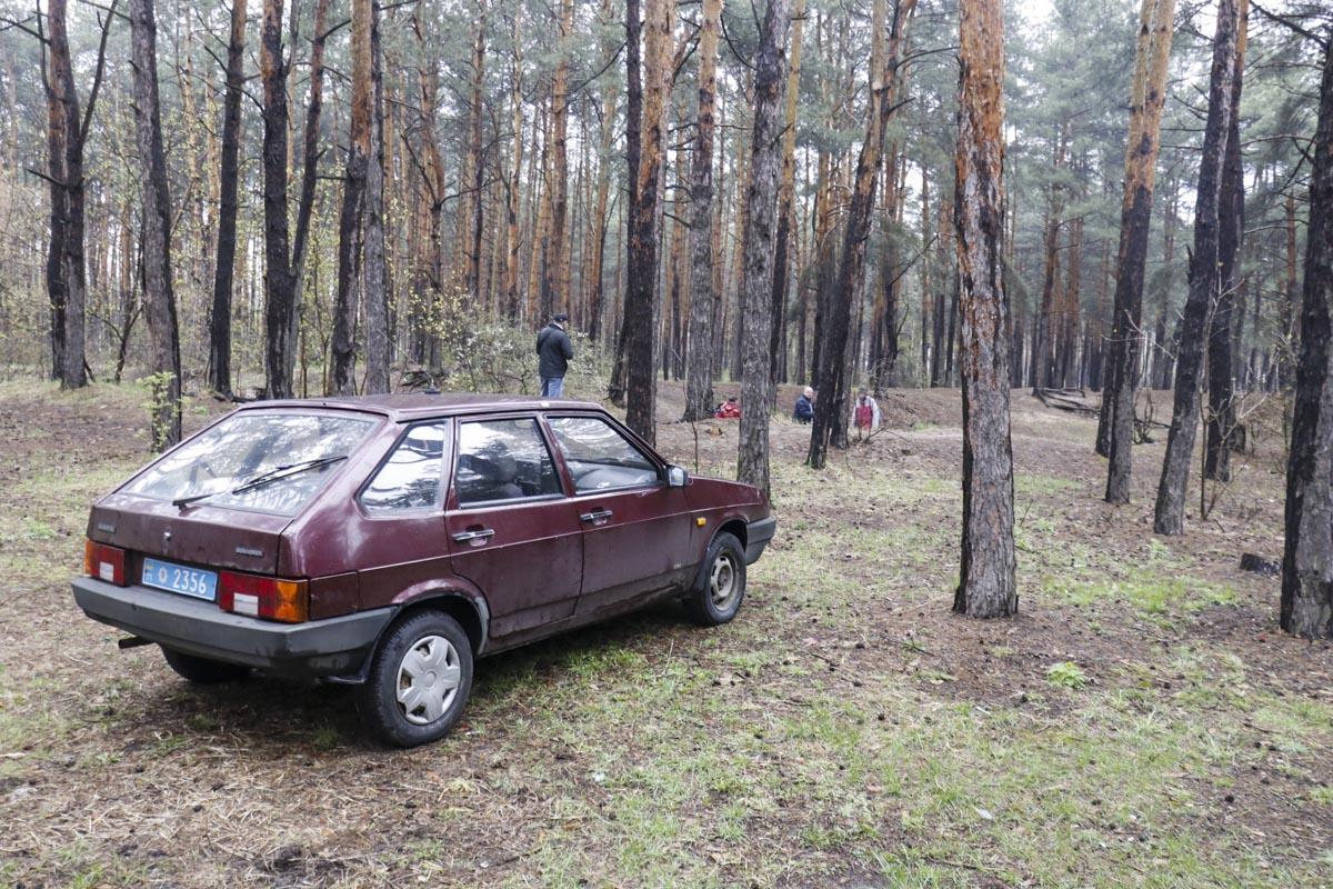 Тело находилось в кювете лесной зоны
