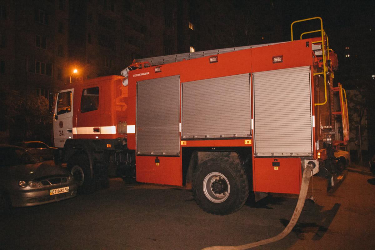 В Киеве в квартире жилого дома по адресу улица Вишняковская, 9, прогремел взрыв