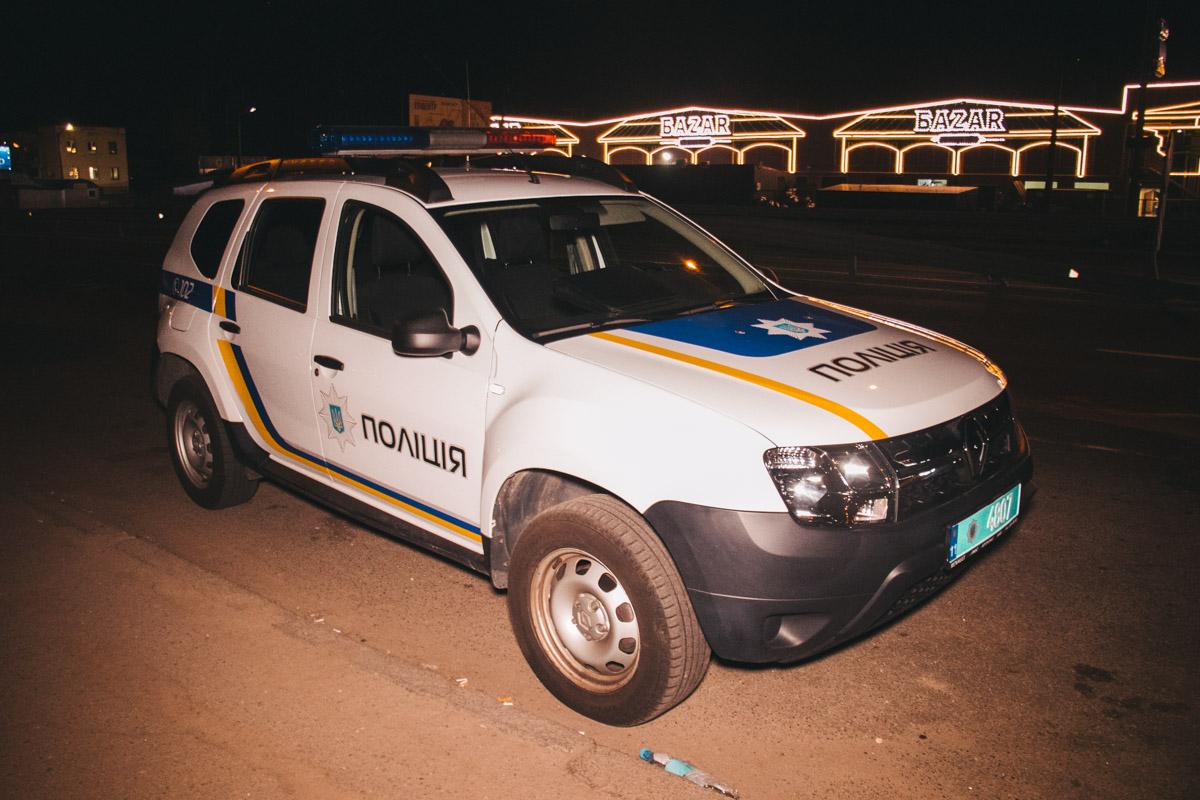 Полиции об этом сообщила девушка, которая увидела мужчину в последние минуты его жизни