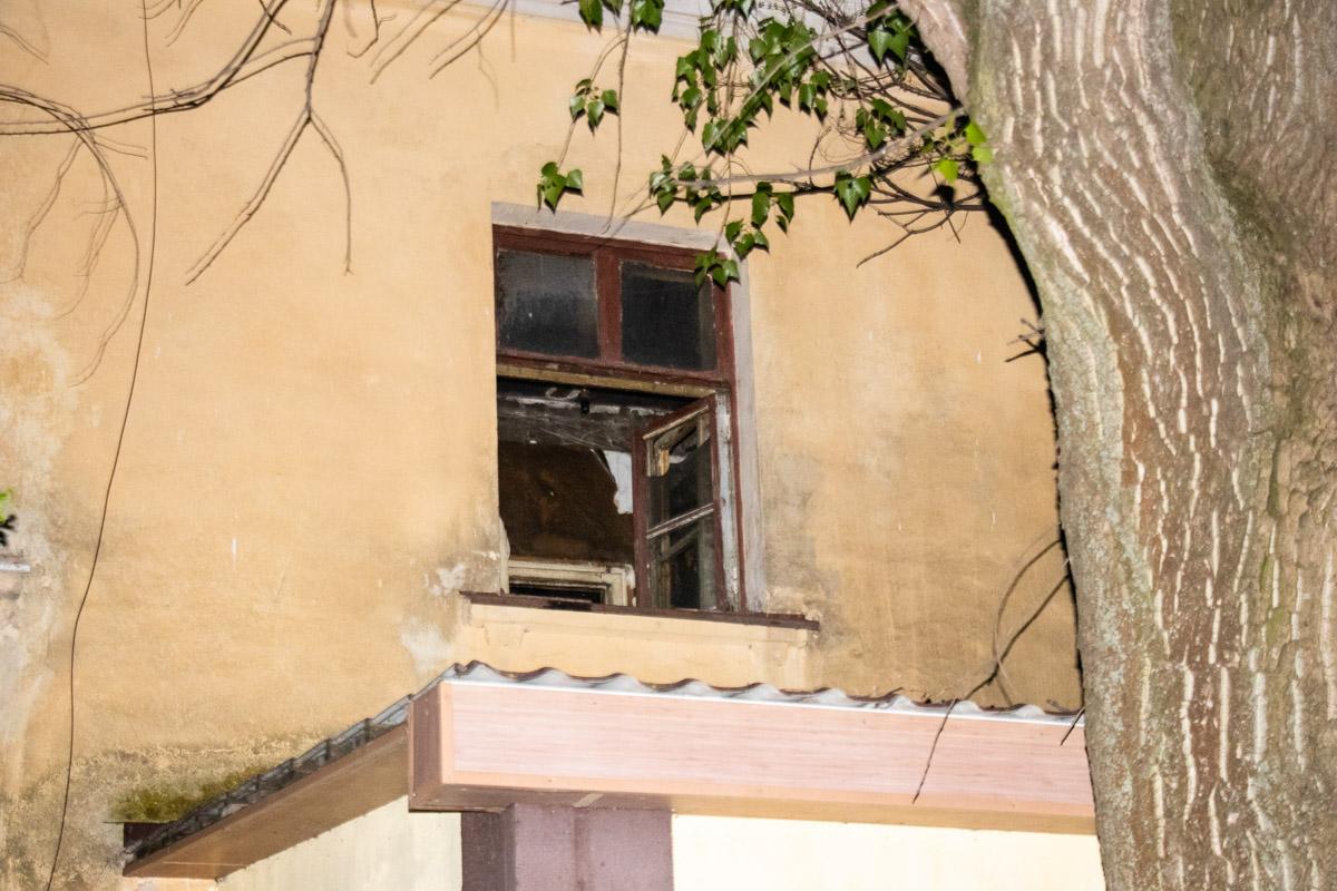 В четверг, 2 апреля, в Киеве на улице Пасхалина произошел пожар