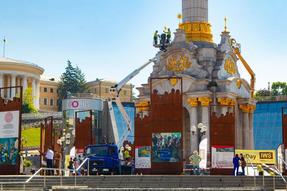Высота Монумента Независимости составляет 62 метра