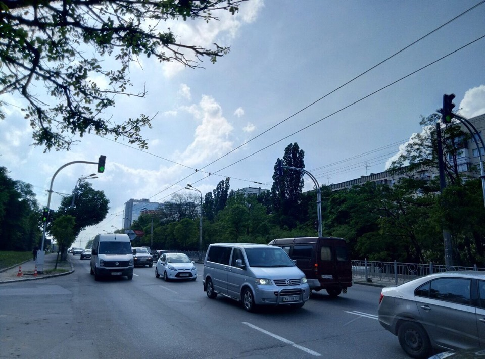 Так выглядит новый светофор на Голосеевском проспекте