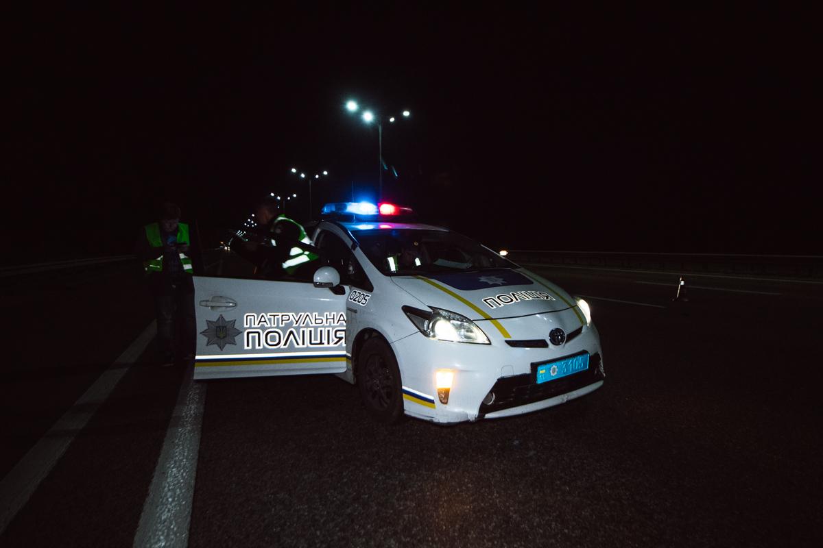 На месте происшествия работал экипаж патрульной полиции