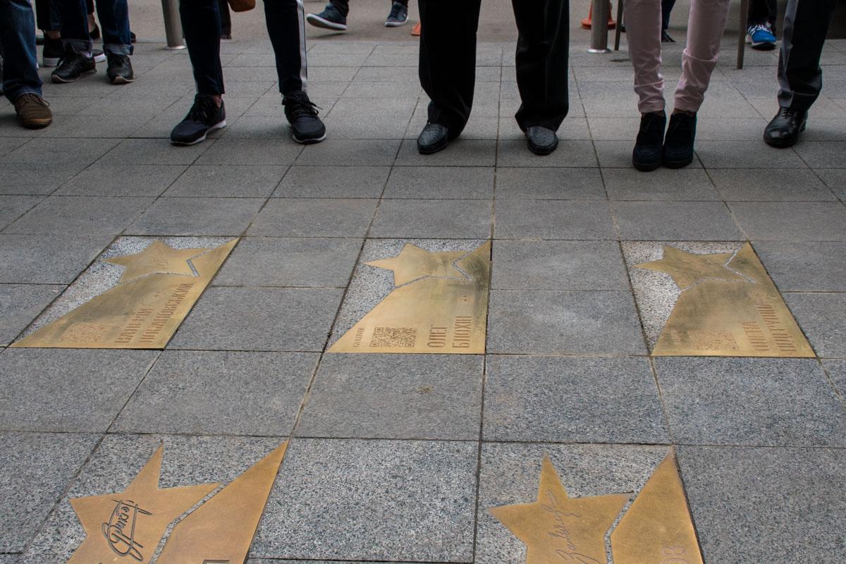 Теперь на украинской аллее звезд появились три звезды отечественного спорта