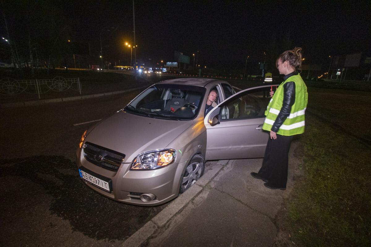 По словам водителя ZAZ, он двигался в сторону «Красного хутора» по Старобориспольской, когда его подрезал Renault, который ехал на очень высокой скорости
