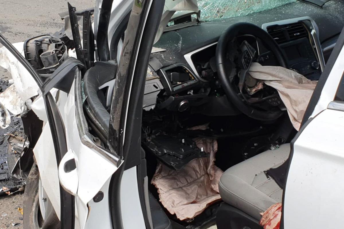 По предварительной информации, водитель легкового автомобиля нарушил правила