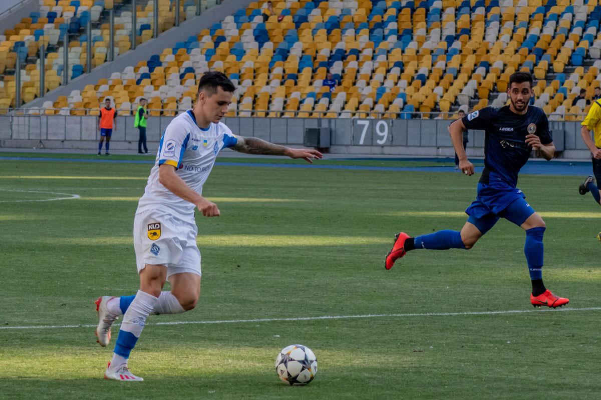 Шапаренко вернулся в стартовый состав