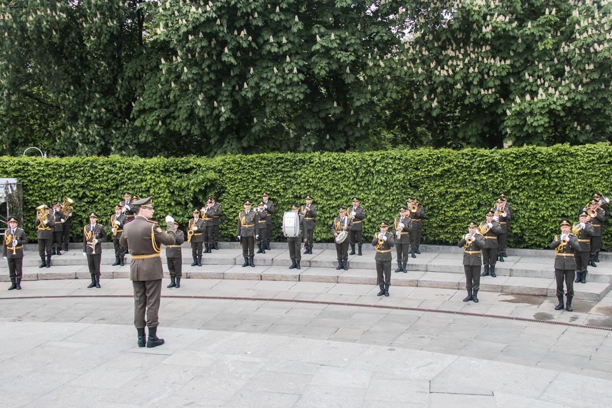 Военный оркестр в Парке Славы