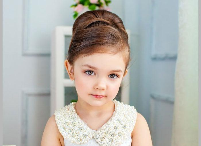 Курс юной леди поможет девочке получить необходимы базовые знания этикета и манер