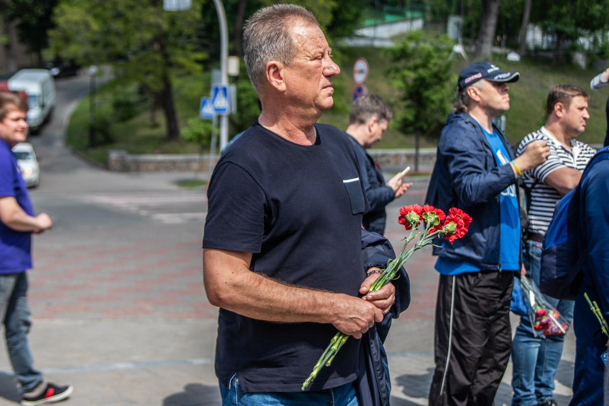 Также на мероприятии присутствовали такие известные футбольные личности, как Александр Ищенко...