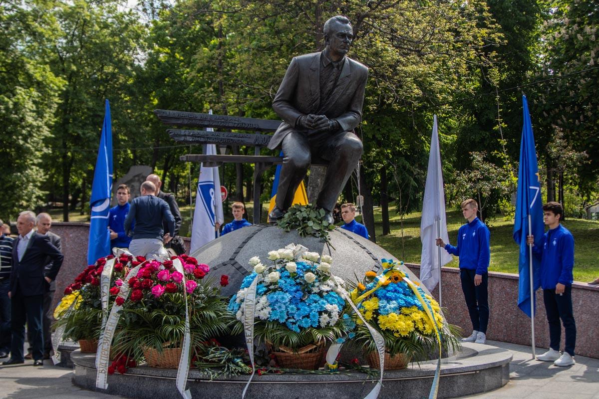 13 мая 2019 года прошло ровно 17 лет со дня кончины легендарного и величайшего тренера Украины и мира Валерия Лобановского