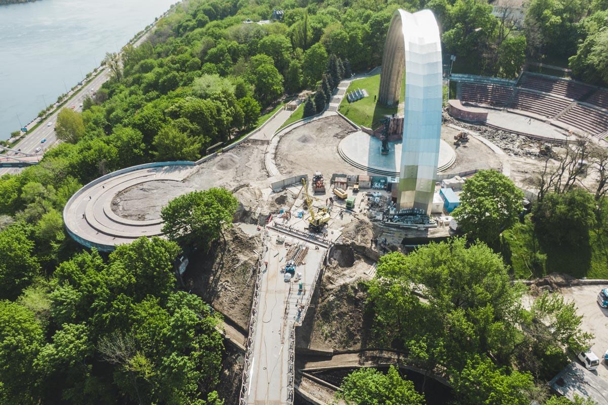 Высота моста составит 20 метров, а самая высокая точка будет достигать 32 метров