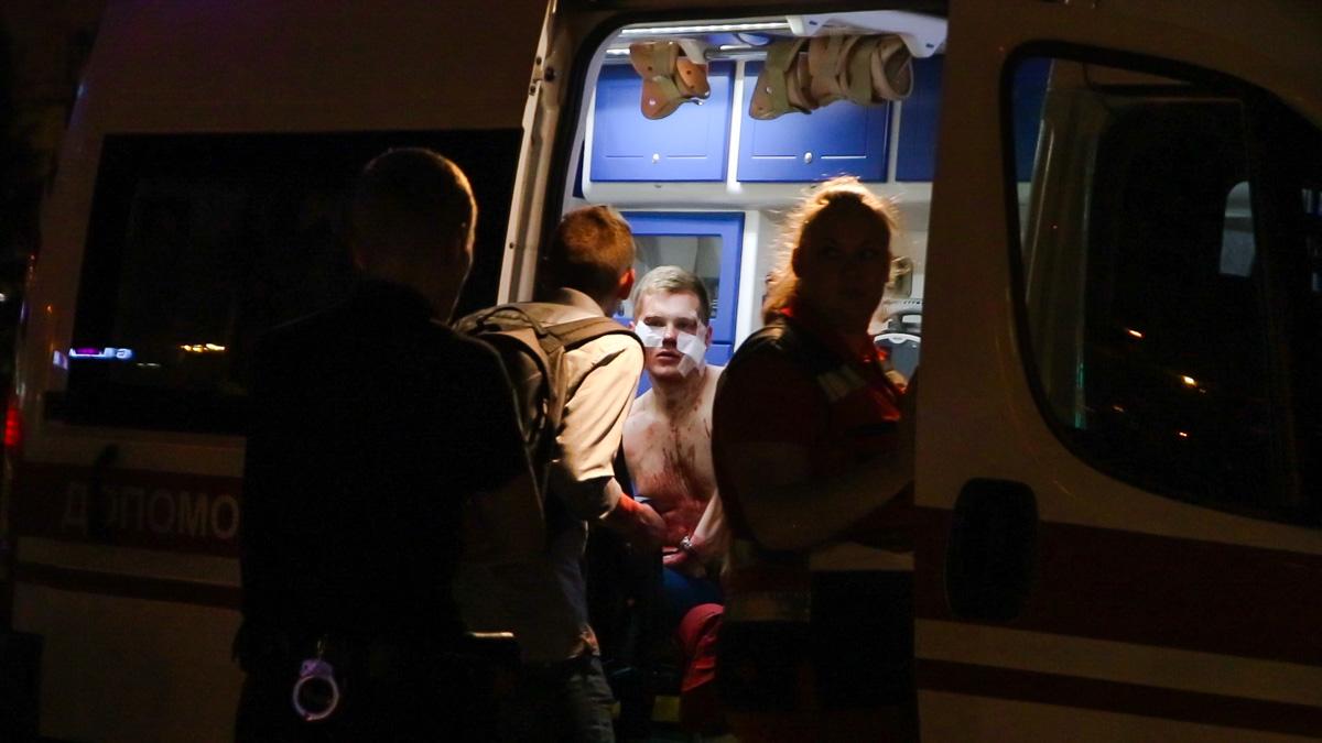 Пострадавшего парня госпитализировали в больницу