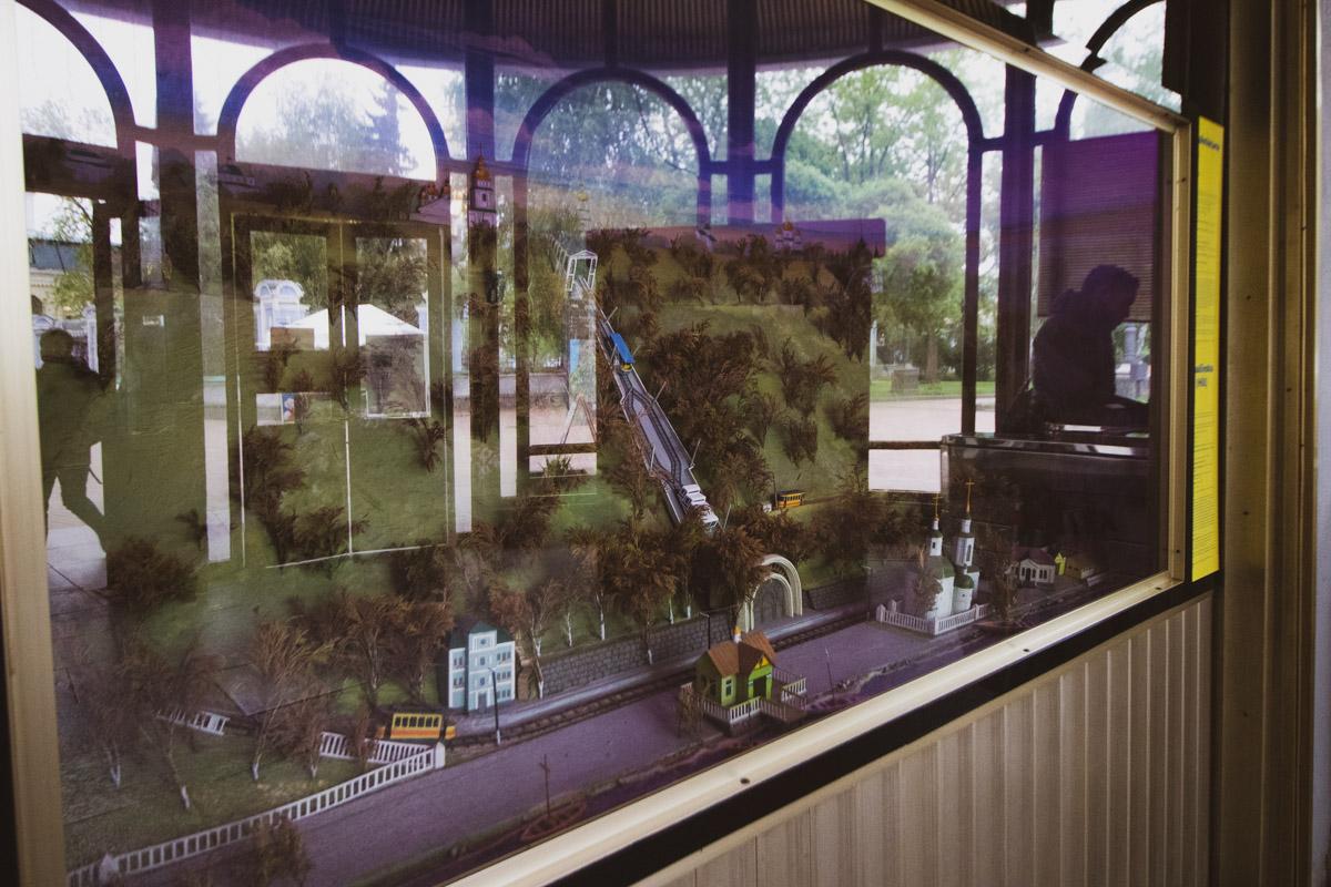 Его торжественно открыли 7 мая 1905-го, а уже 8 мая начались регулярные перевозки пассажиров
