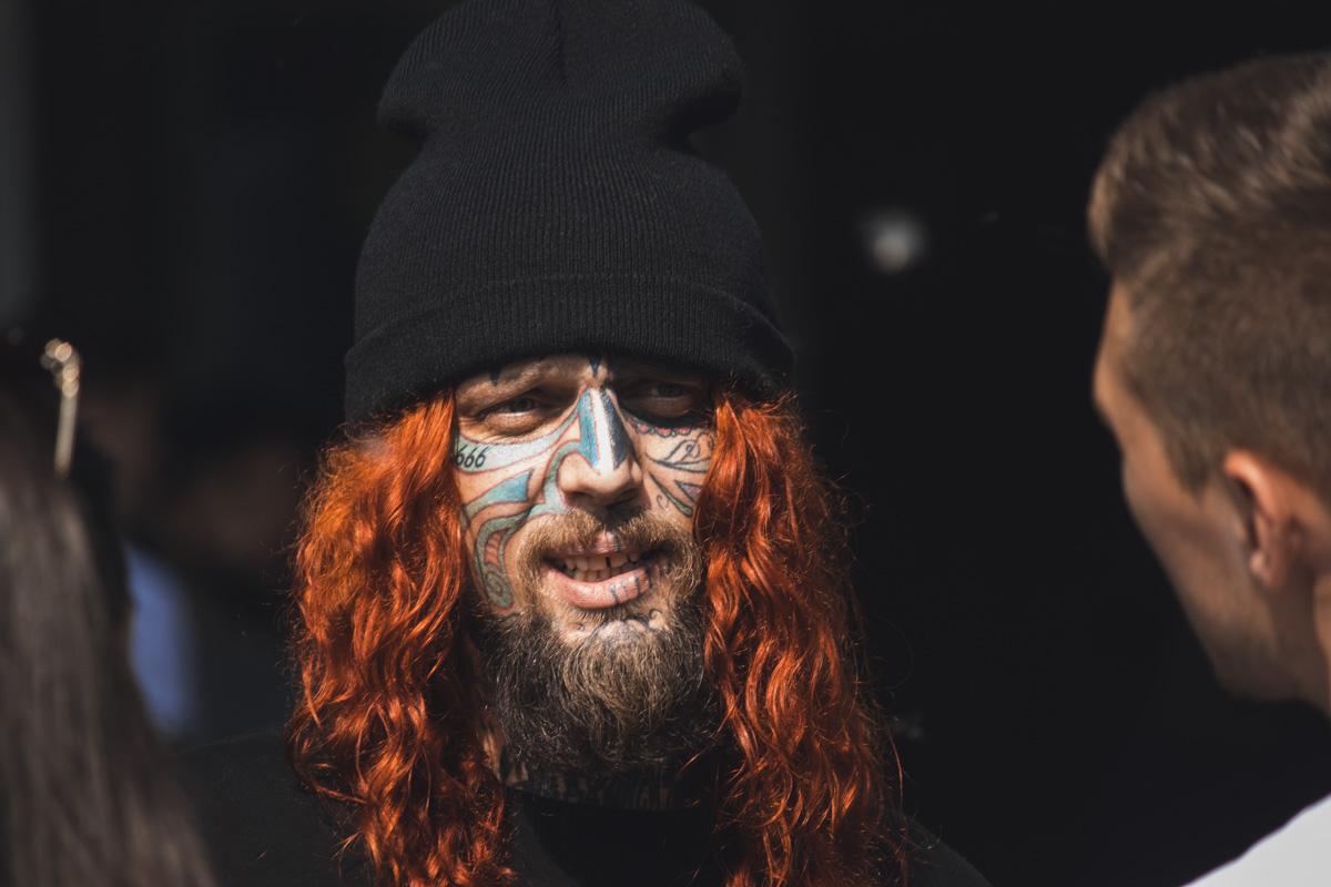 Татуировки на лице становятся все более популярными