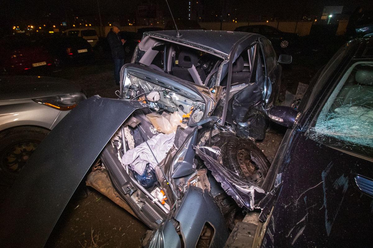 В результате аварии повреждения получили семь автомобилей