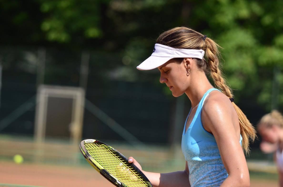 Теннисистка Елена Плоскина дисквалифицирована до конца жизни за организацию договорных матчей