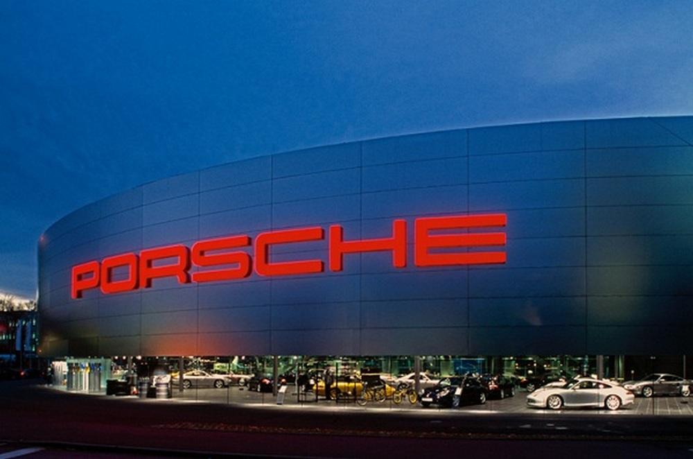 Компания Porsche получила большой штраф
