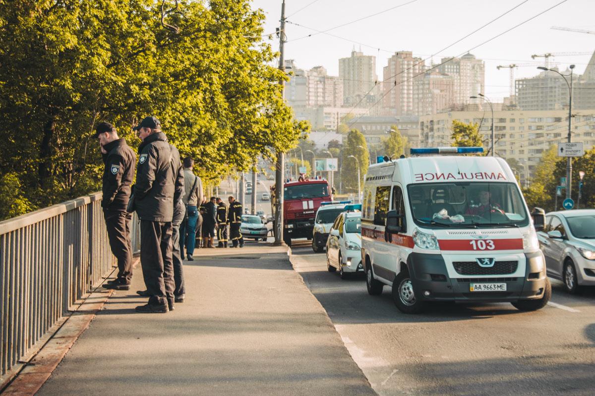 В пятницу, 3 апреля, в Киеве на Воздухофлотском проспекте произошел пожар