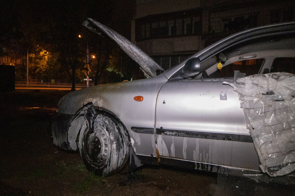Владельца машины установить пока не удалось, так как Daewoo на польских номерах