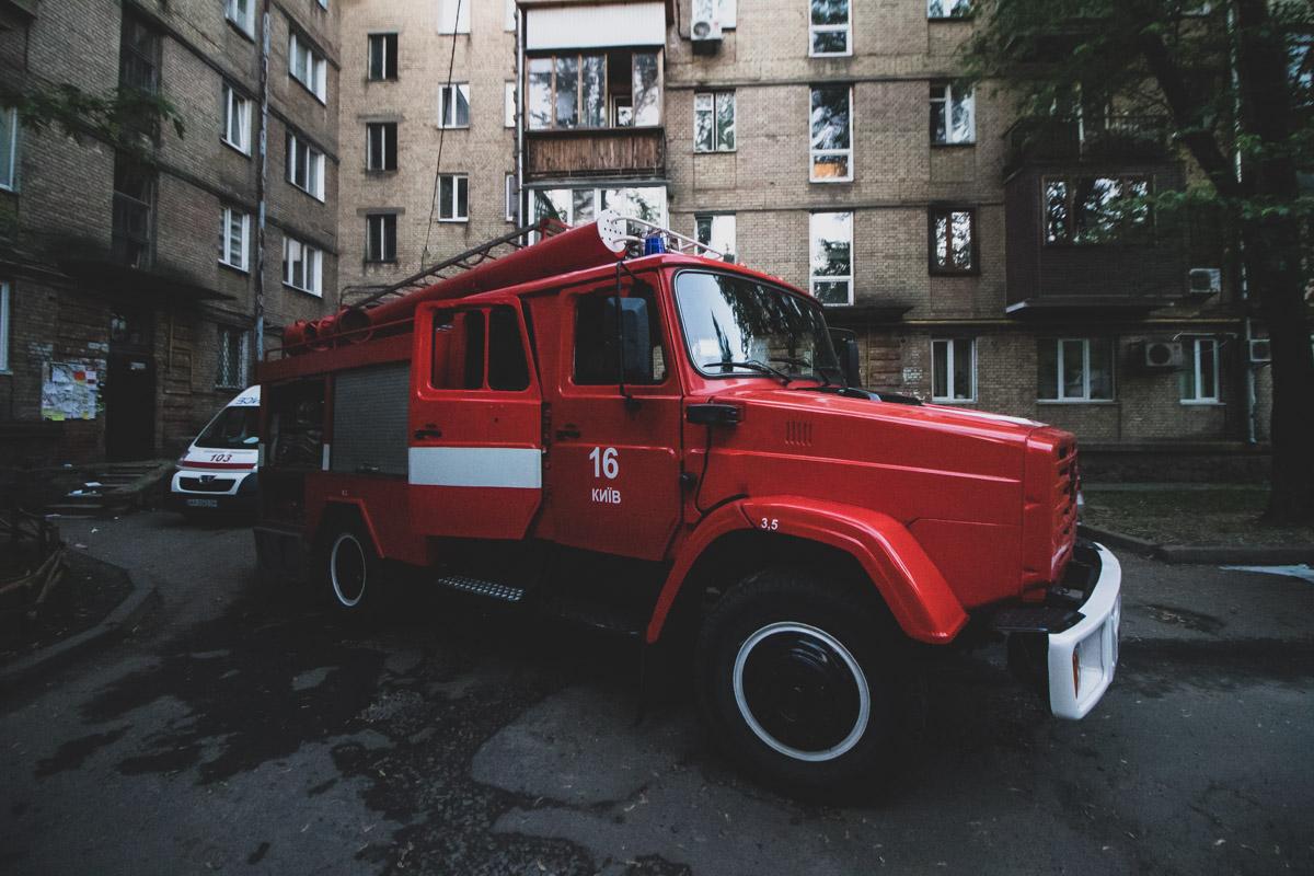 На месте работали спасатели ГСЧС, экипаж патрульной полиции и следственно-оперативная группа