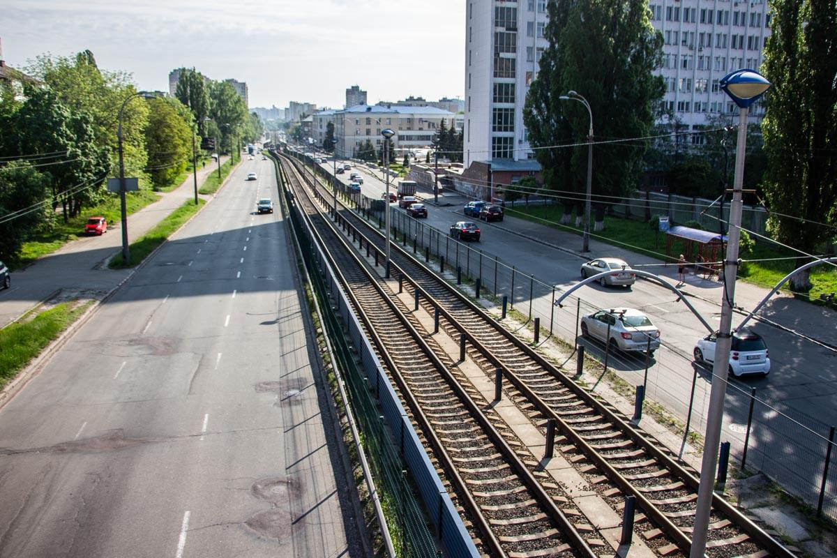 Проспект Космонавта Комарова - важная артерия Соломенского района
