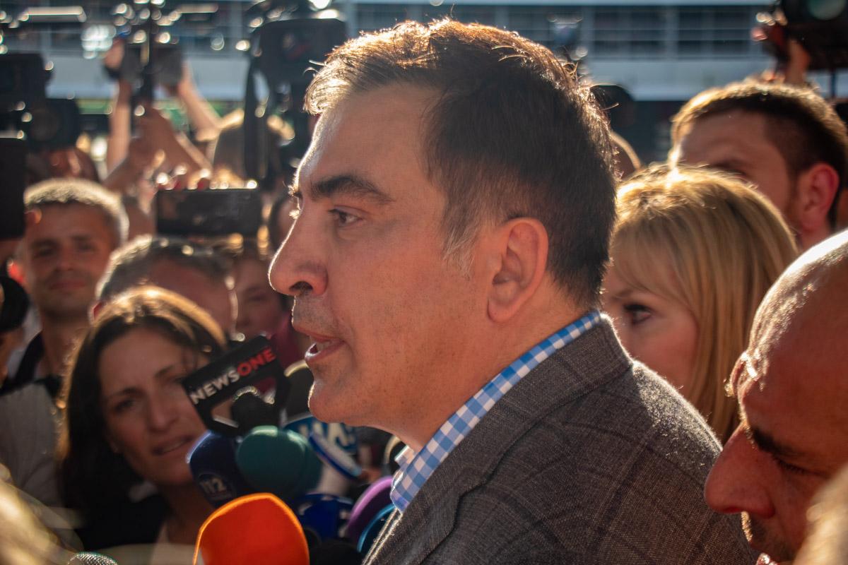 Саакашвили поблагодарил Зеленского за восстановления гражданства