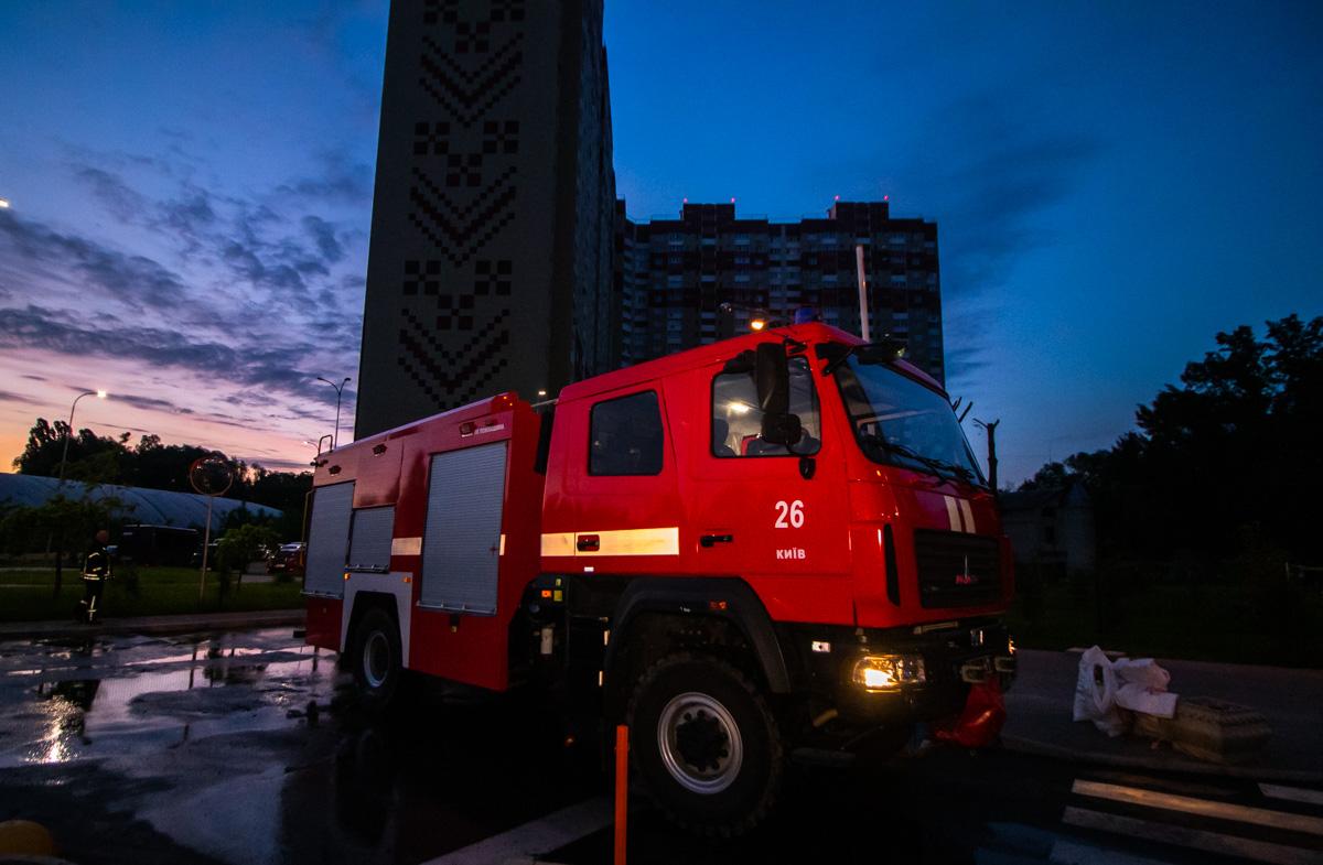 На месте работало одно отделение пожарных