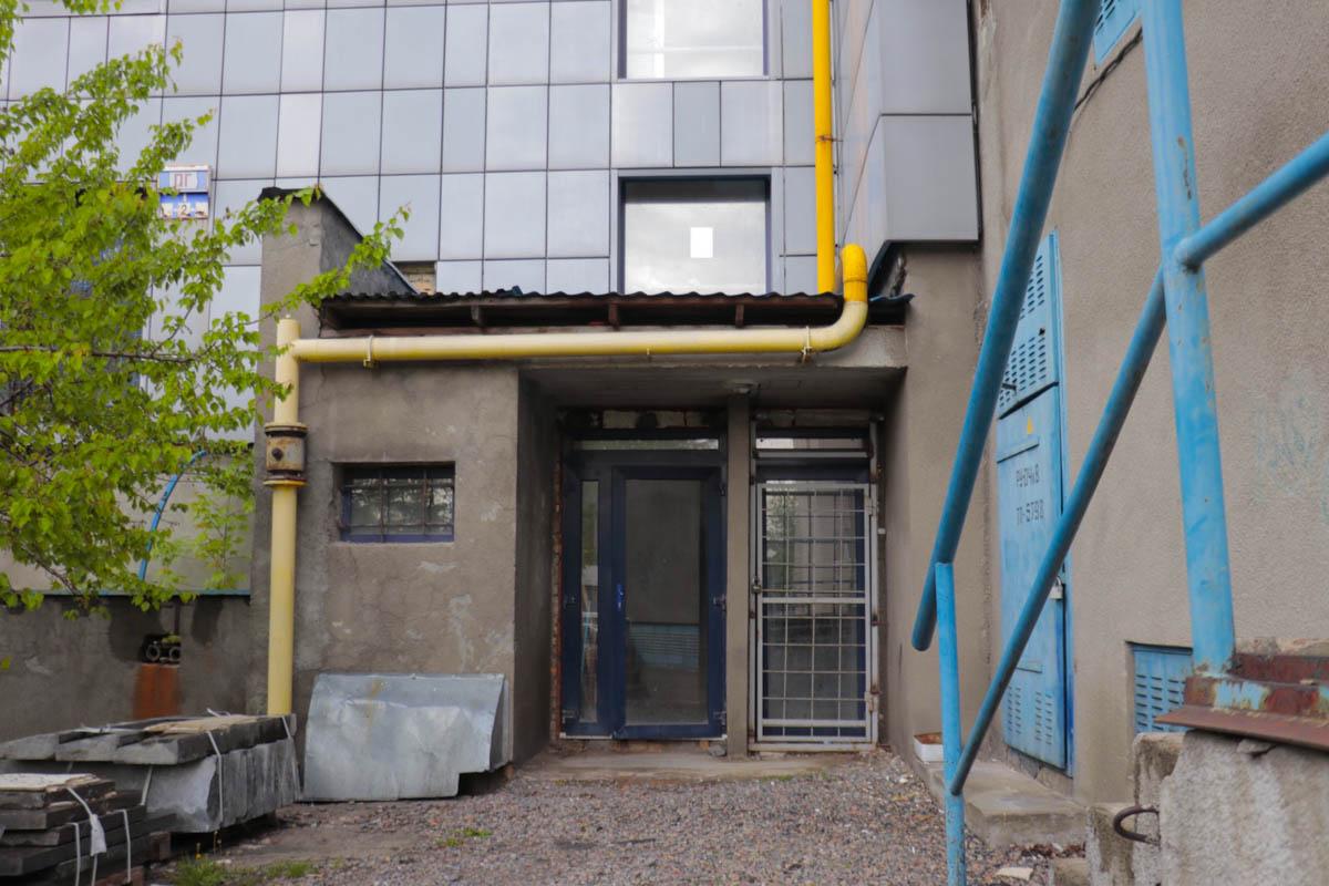 6 мая в недостроенном здании на улице Теодора Драйзера скончался 55-летний мужчина