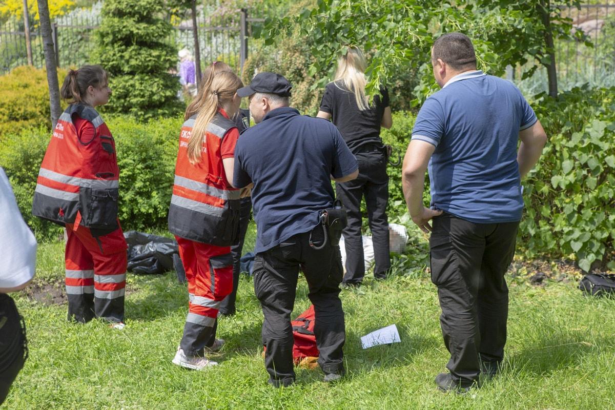 В ботаническом саду имени Фомина в Киеве внезапно погиб мужчина