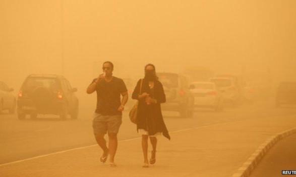Из-за пылевых бурь в Индии погибли 34 человека