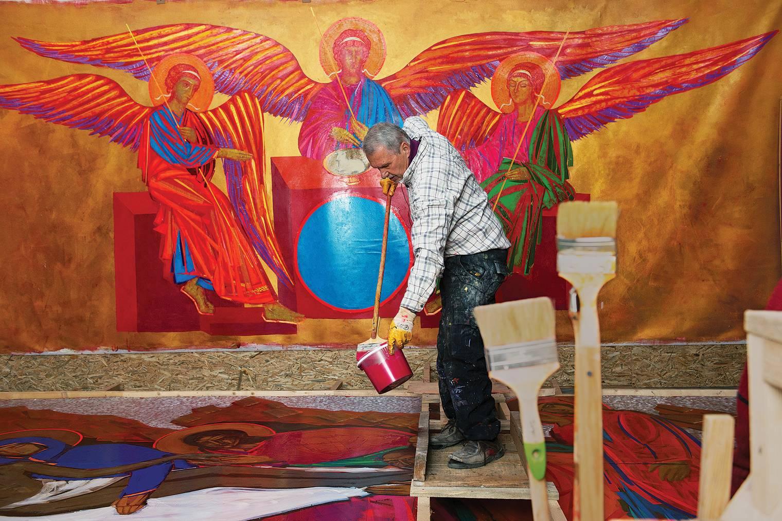 """Анатолий Криволап - художник, который """"мыслит красками"""", поэтому на него была возложена именно эта роль"""