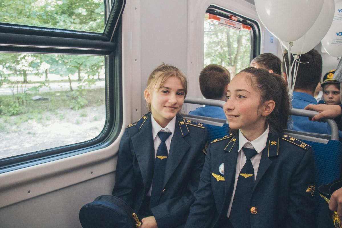 В гости на открытие приехали будущие сотрудники ЖД из Беларуси