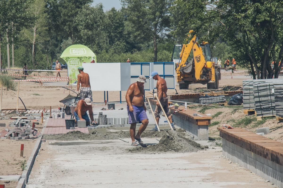 Строители стараются завершить ремонтные работы в срок