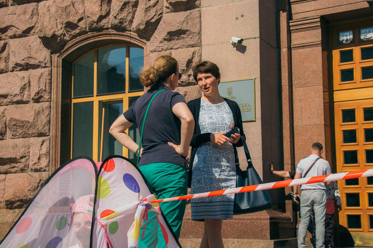 Помощь активистам оказала депутатка городского совета Наталья Манойленко
