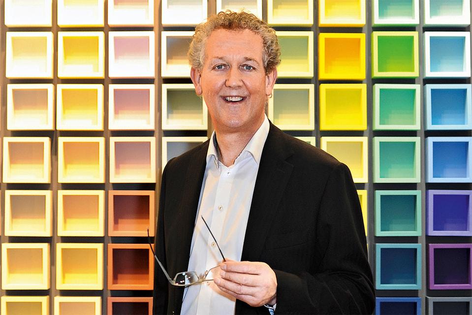 Дэвид Моттерсхед, эксперт по цвету и владелец английского бренда интерьерных красок и обоев Little Green