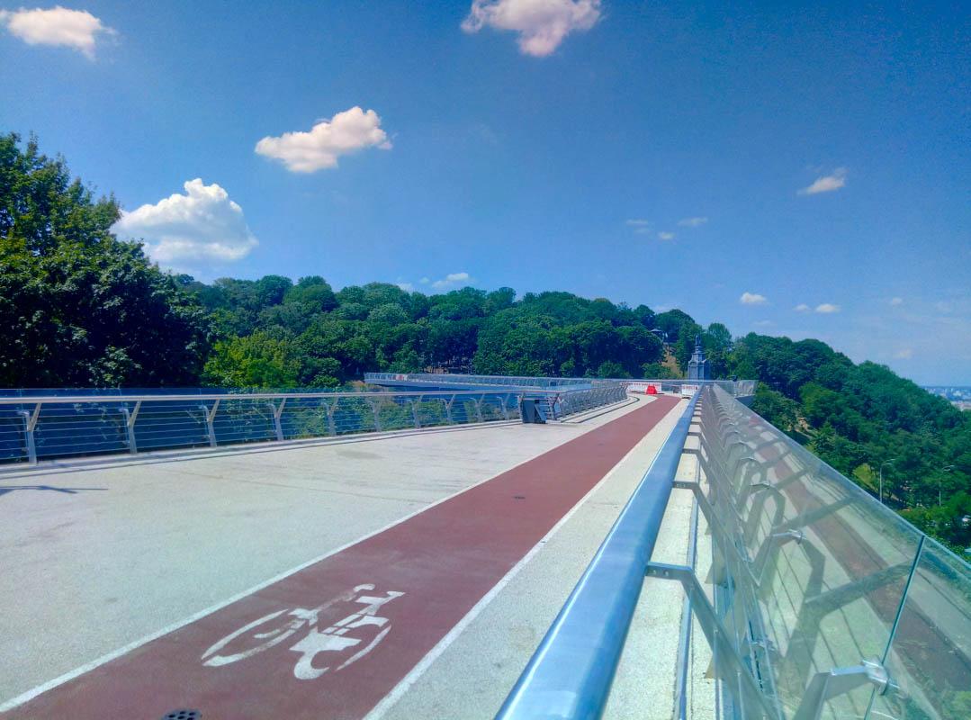 Мост закрыт из-за приближающихся ремонтных работ