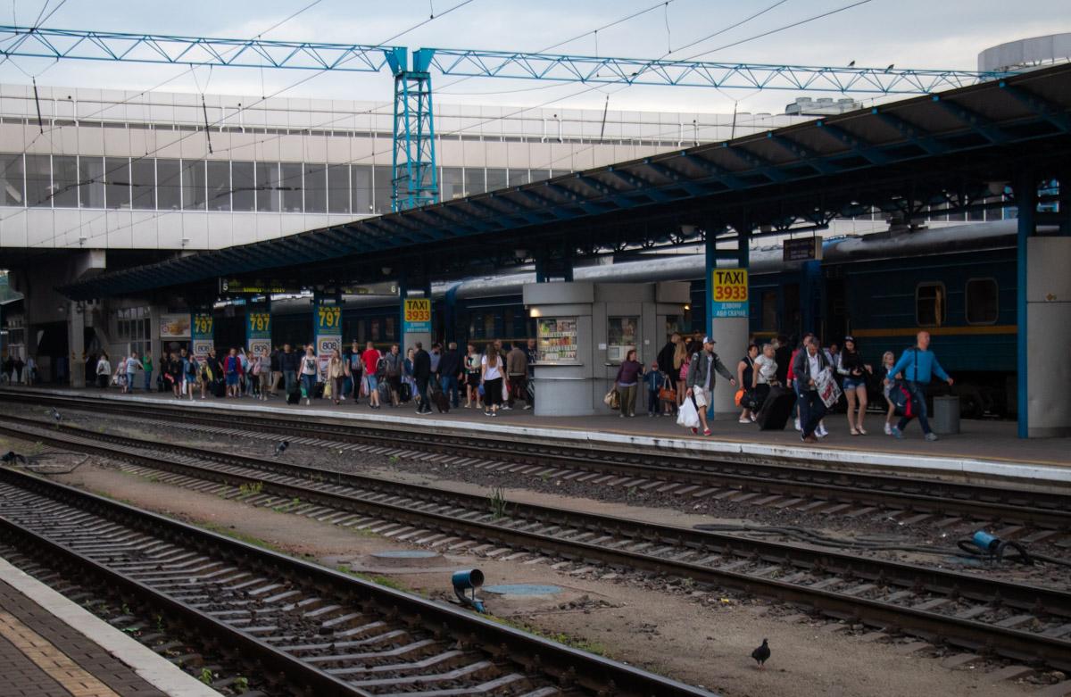 На центральном железнодорожном вокзале обнаружили труп мужчины