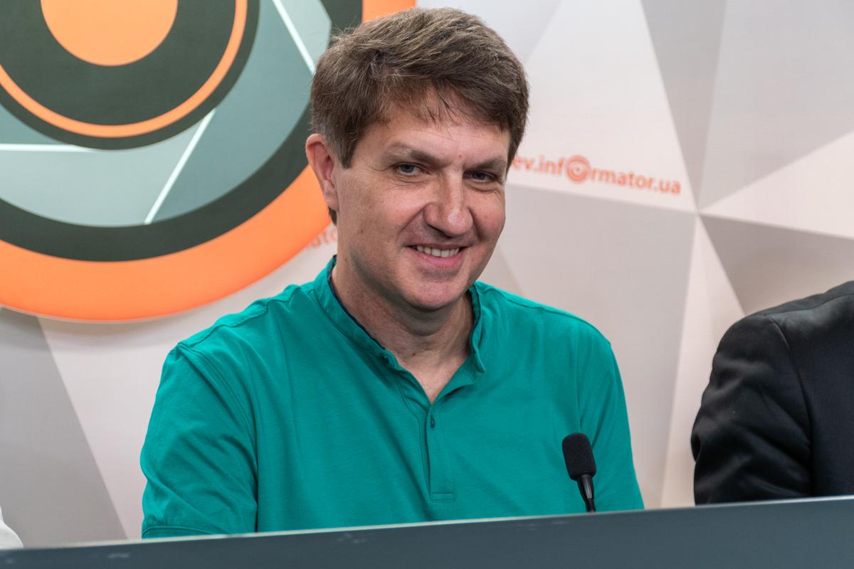 Юрий Круликовский - гендиректор Фонда содействия искусств;
