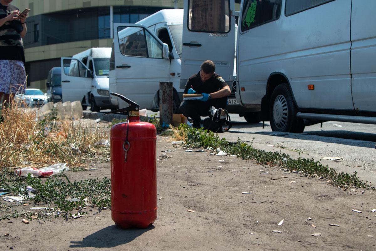 Водители успели самостоятельно потушить пожар огнетушителями
