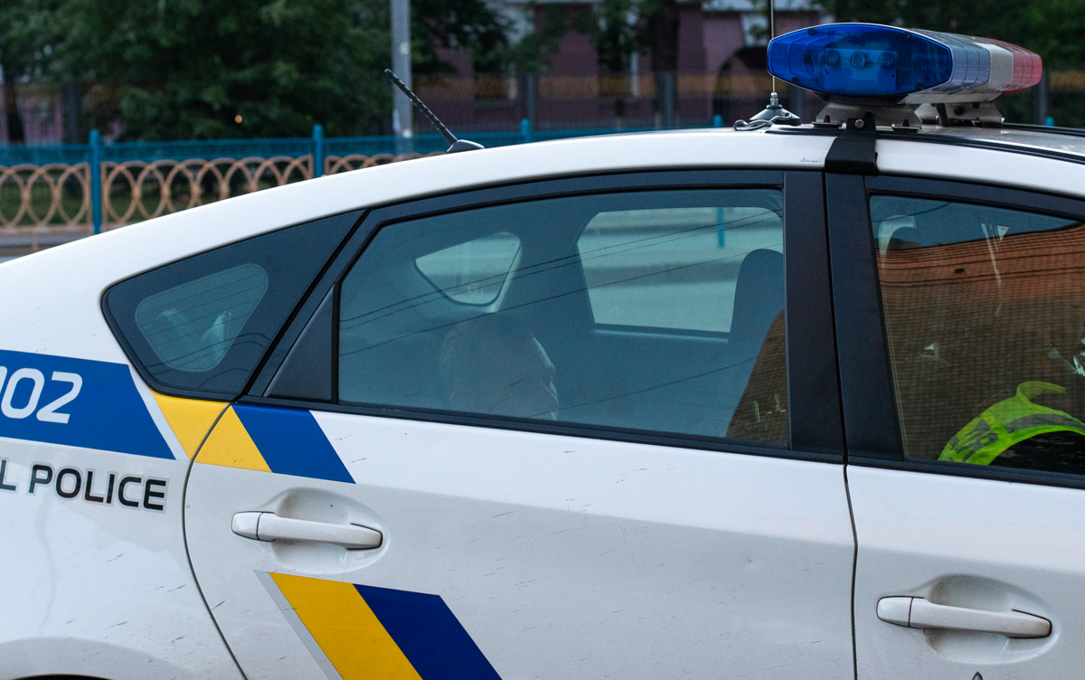 Мужчина вел себя неадекватно и кричал, что его похитили патрульные
