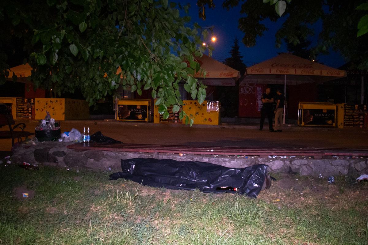 В ночь на 14 июня на Гидропарке обнаружили труп мужчины